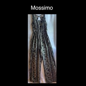 Gorgeous Mossimo Romper Black & White Size Medium